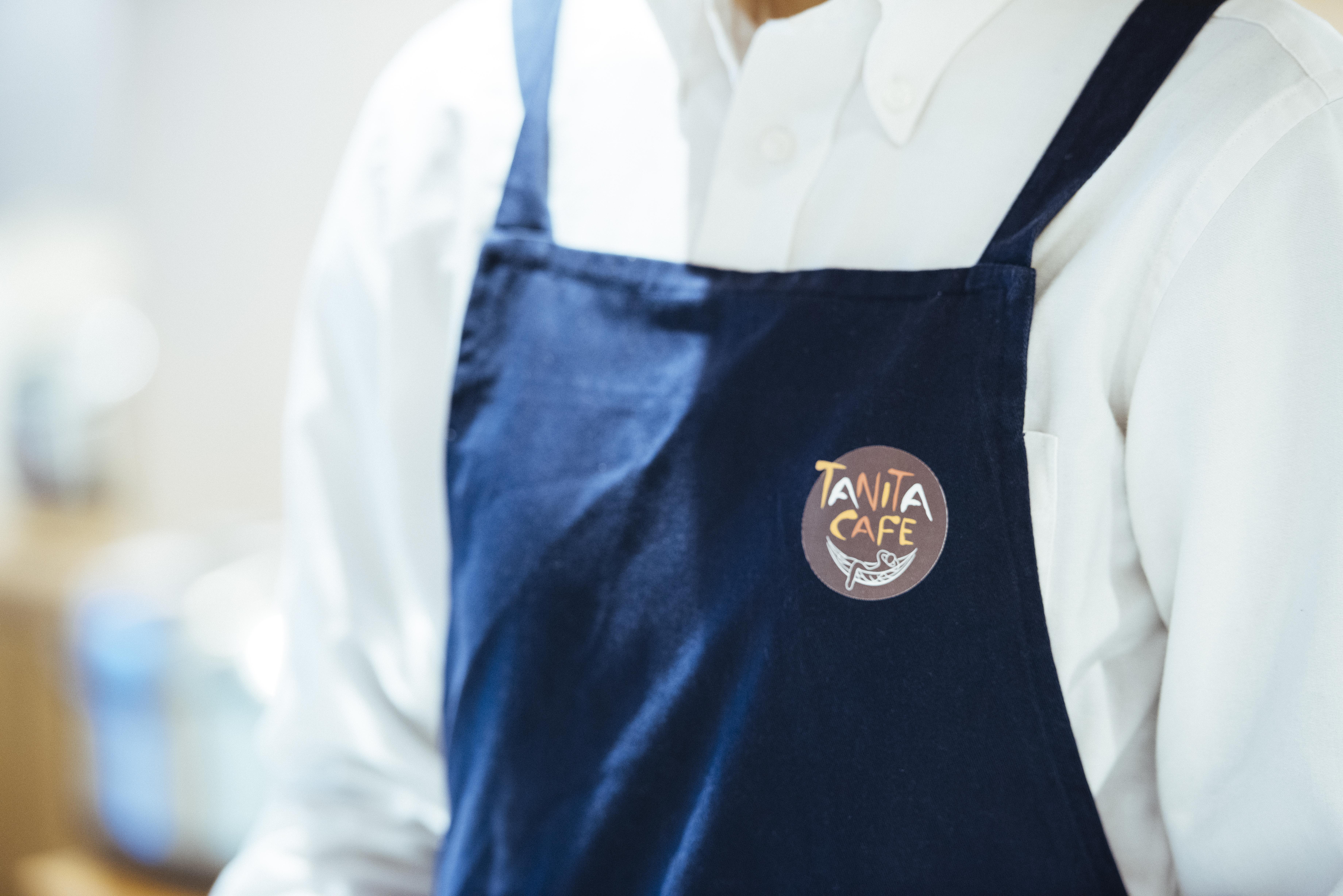 店舗の設計やメニューの開発、スタッフの制服など、すべてタニタがプロデュースしている。