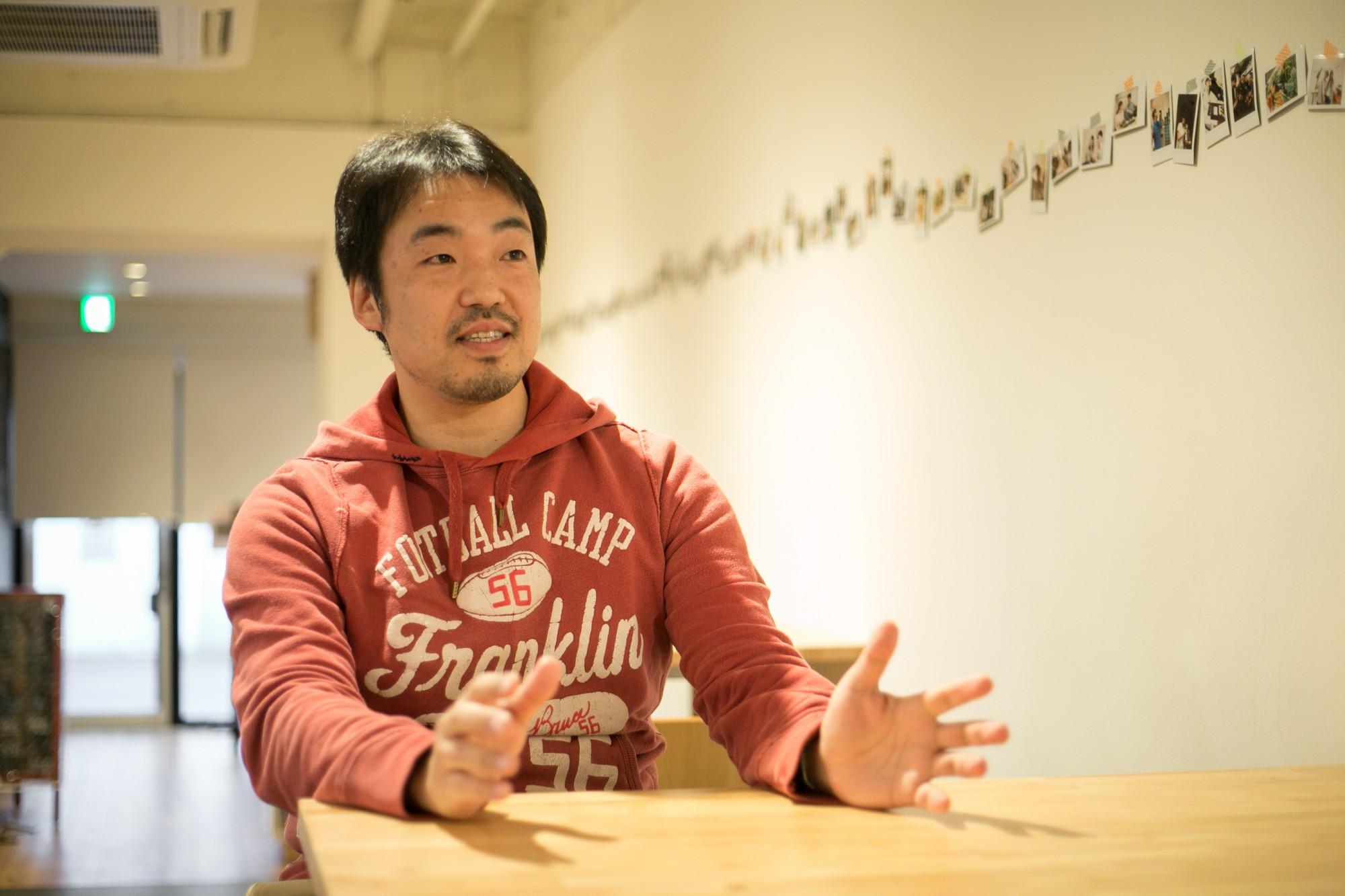 日本酒バルと与板のカネセ商店の仕事を兼任し、出張も多い菊口さんはいつも大忙し。彼をサポートしてくれる元気なスタッフを募集中!
