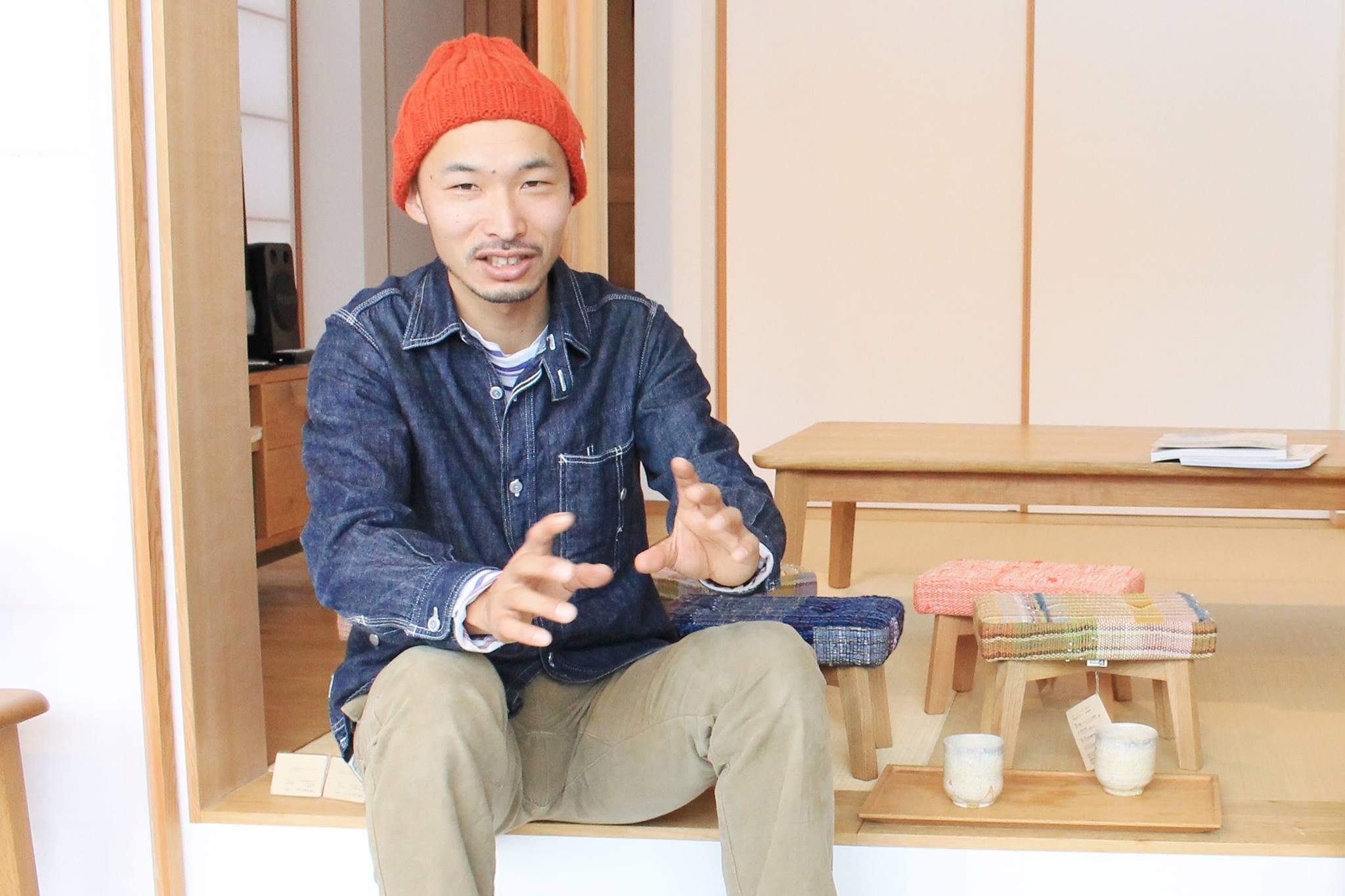 「店舗の裏テーマは生活感。生活感のある家具屋ってリアルでいいじゃないですか(笑)」と裕之さん。