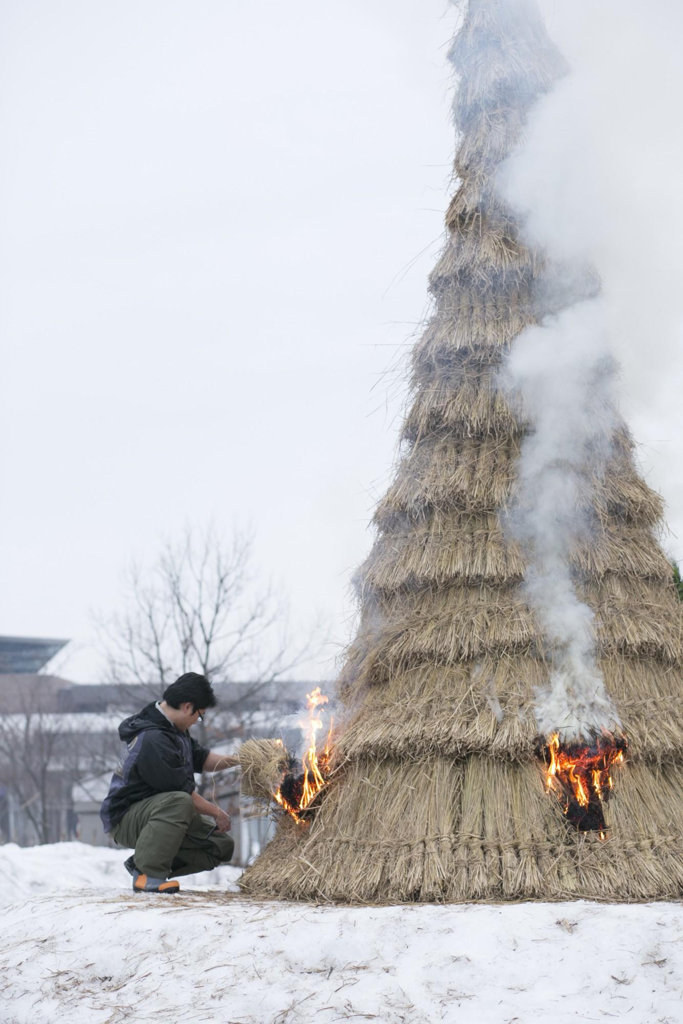 「長岡雪しか祭り」名物の犀の神。1年の無病息災を祈願します。