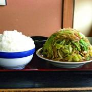 野菜炒め定食大盛り850円。