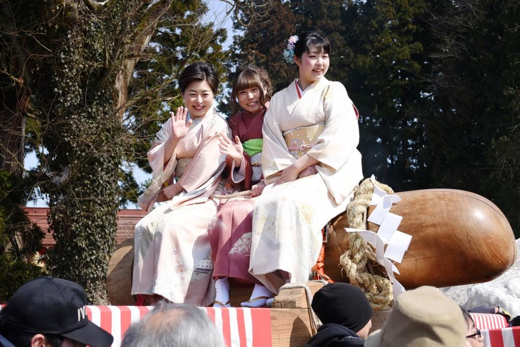 訪日客にも大人気! 男根をまつる栃尾の奇祭「ほだれ祭」レポート | な!ナガオカ