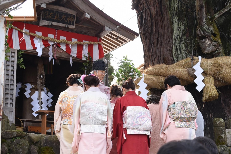 今年の初嫁は7名。地元下来伝のほか、長岡市、新潟市、小千谷市、上越市から集まりました。