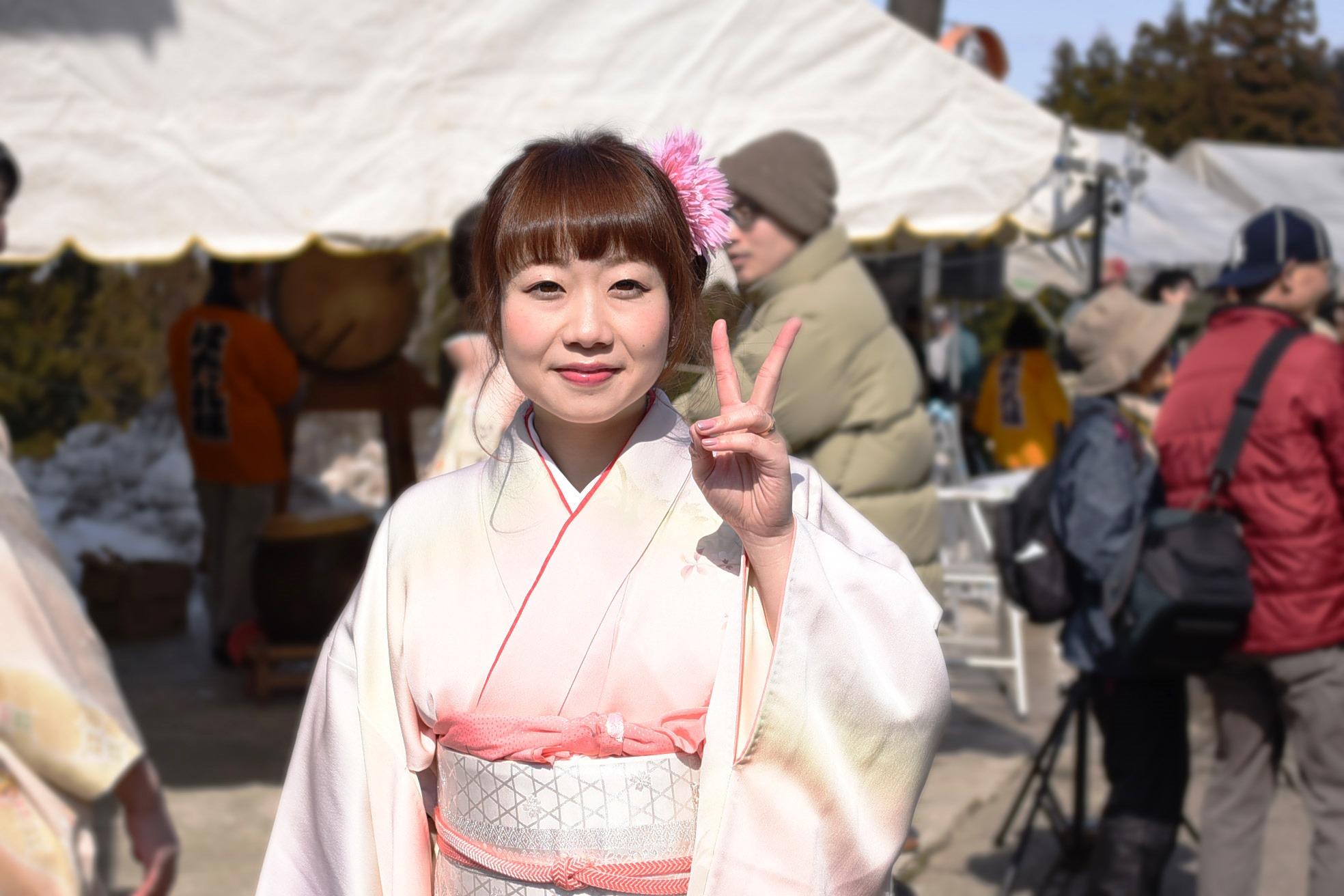 栃尾在住の大港さん。子宝・安産を祈願してもらえただけでなく、ほだれ様に乗る貴重な体験ができて大満足とのこと。
